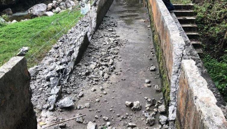 Los daños a la hidroeléctrica ascienden a US$2.7 millones, y dejó de operar desde hace cuatro meses. (Foto Prensa Libre: Hemeroteca)