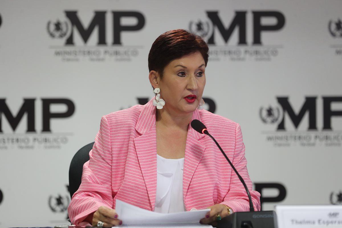 Thelma Aldana, Fiscal y Jefa del Ministerio Público (MP) en conferencia de Prensa. (Foto Prensa Libre: Érick Ávila)