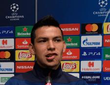 El delantero mexicano Hirving Lozano confirmó que el Barcelona tuvo interés en él, pero que ahora está enfocado en el PSV. (Foto Prensa Libre: AFP)