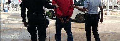 Vidal Chinchilla Mendoza fue capturado por supuestamente intentar violar a una niña de 7 años en San Carlos Alzatate, Jalapa. (Foto Prensa Libre: Cortesía PNC)