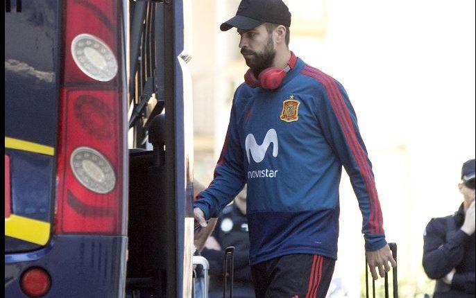 Gerard Piqué se encuentra concentrado con la selección española para los partidos amistosos, pero no se olvida de los negocios. (Foto Prensa Libre: EFE)