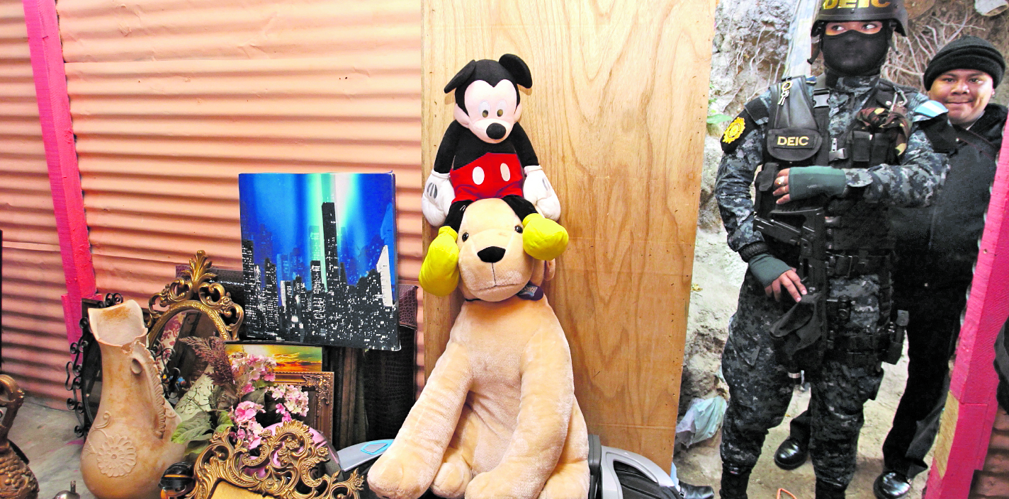 Durante 2018 el Ministerio Público ordenó cateos en viviendas donde se guardaban objetos que fueron saqueados de residencias. (Foto Prensa Libre: Hemeroteca PL)