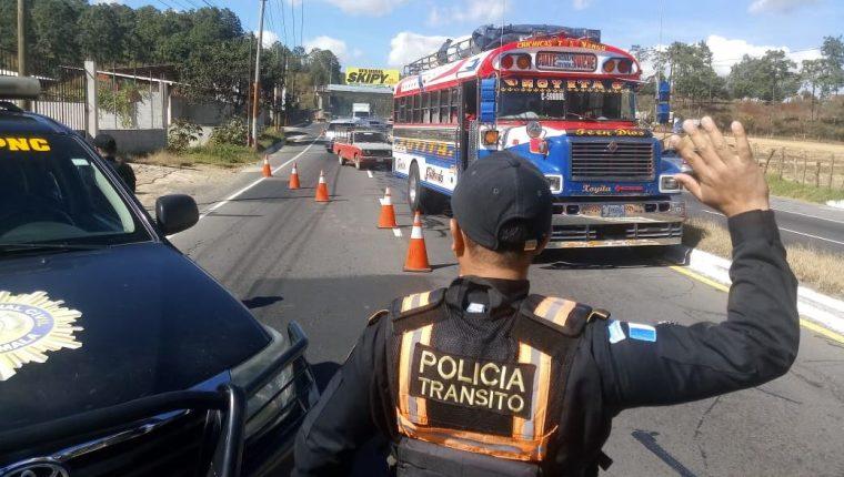 El Departamento de Tránsito asegura que analizará la normativa con transportistas.(Foto Prensa Libre: Hemeroteca PL)