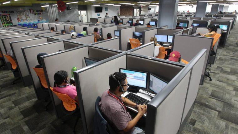 Allied Global inició operaciones en Guatemala en el 2005 con servicios de centros de llamadas para empresas regionales. El crecimiento alcanzado enfrenta retos debido a la escasez de personal especializado. (Foto Prensa Libre: Hemeroteca)