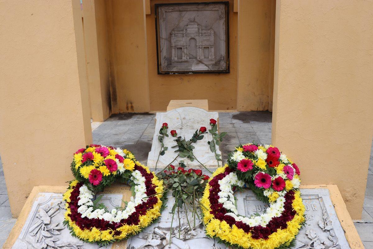 Rinden homenaje a mártires de la revolución quetzalteca