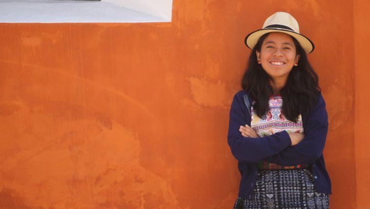 La intérprete kaqchikel desde el 2013, comenzó con su carrera artística y para los próximos meses preparará su primer álbum.