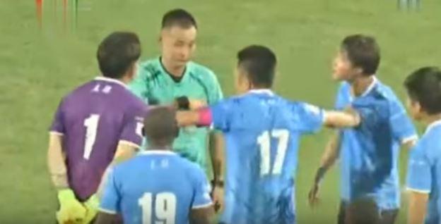 Abierta investigación en China por paliza a un árbitro y sospechas de arreglo de partidos