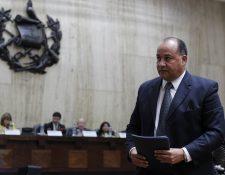 Conrado Reyes, cuando fue entrevistado por la CSJ en el proceso de selección de aspirantes a magistrados de la Corte de Constitucionalidad. (Foto Prensa Libre: Hemeroteca PL)