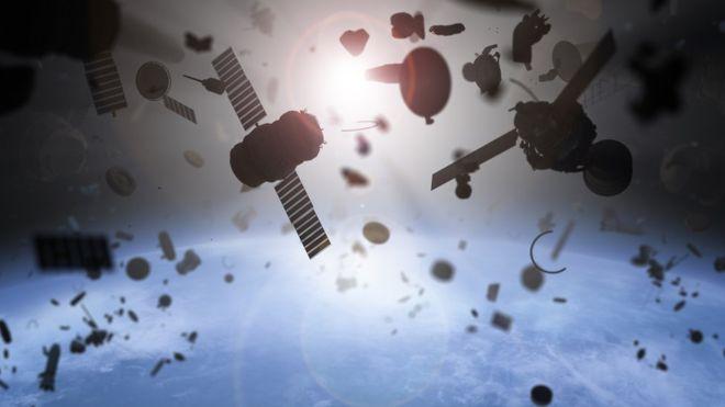 Muchos de nuestros deshechos contaminan la órbita terrestre. GETTY IMAGES