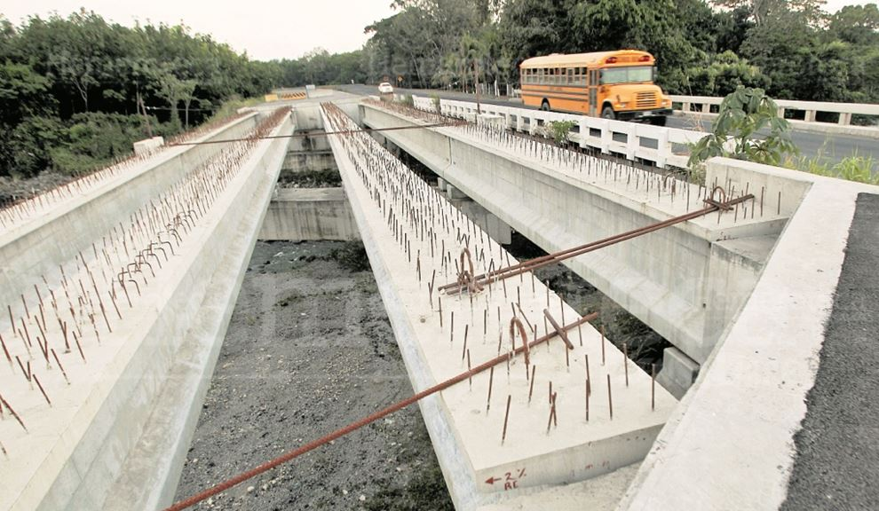La constructora Odebrecht repartió millonarios sobornos en Guatemala y América Latina para obtener contratos. (Foto Prensa Libre: Hemeroteca PL)