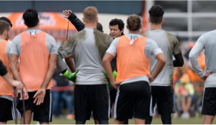 El Houston Dynamo de la MLS retomará su preparación una semana antes de lo previsto, debido a su participación en la Liga de Campeones de la Concacaf, en dónde enfrentará a Guastatoya (Foto Prensa Libre: tomada de www.houstondynamo.com)