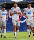 Ortiz en el entreno de este lunes se mostró confiando ante las ultimas actuaciones. (Foto Prensa Libre: Raúl Juárez)