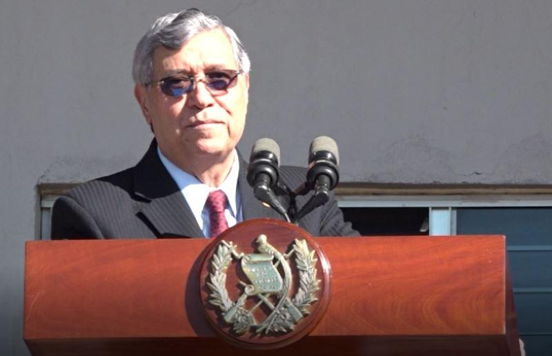 El vicepresidente Jafeth Cabrera fue el encargado de dar el discurso durante el ascenso de oficiales del Ejército. (Foto Prensa Libre: Captura de pantalla video Presidencia)