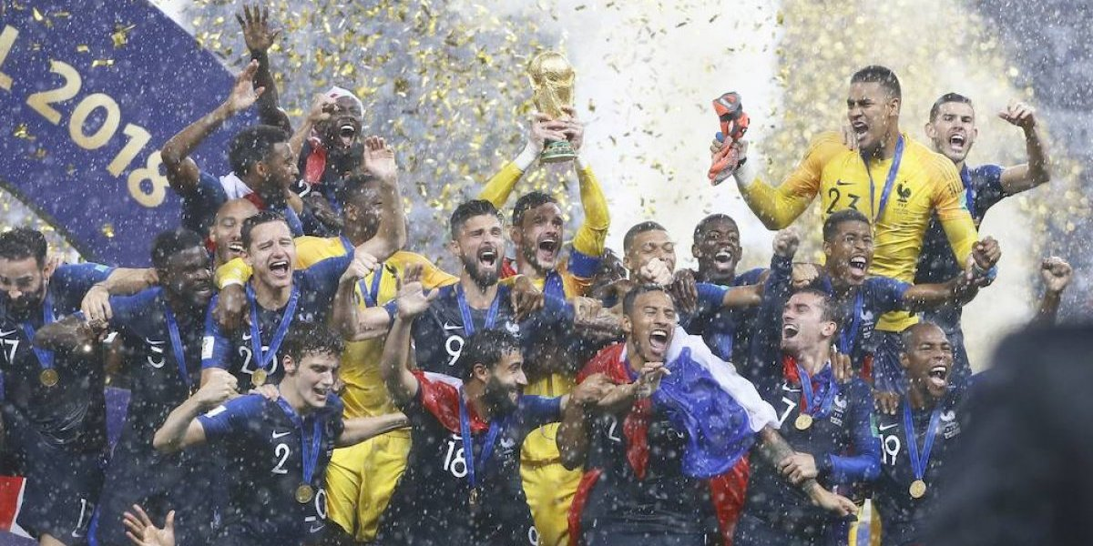La selección de Francia recibió un reconocimiento por su ardua labor. (Foto prensa libre: redes)