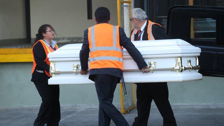El cuerpo de la niña Jakelin Caal arribó hace una semana al país. (Foto Prensa Libre: Esbin García)
