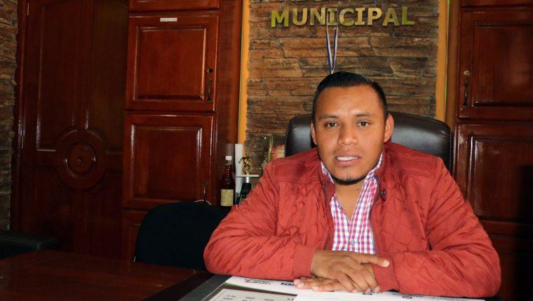 Juan Chay García, alcalde de Zunil, Quetzaltenango. (Foto Prensa Libre: Carlos Ventura).