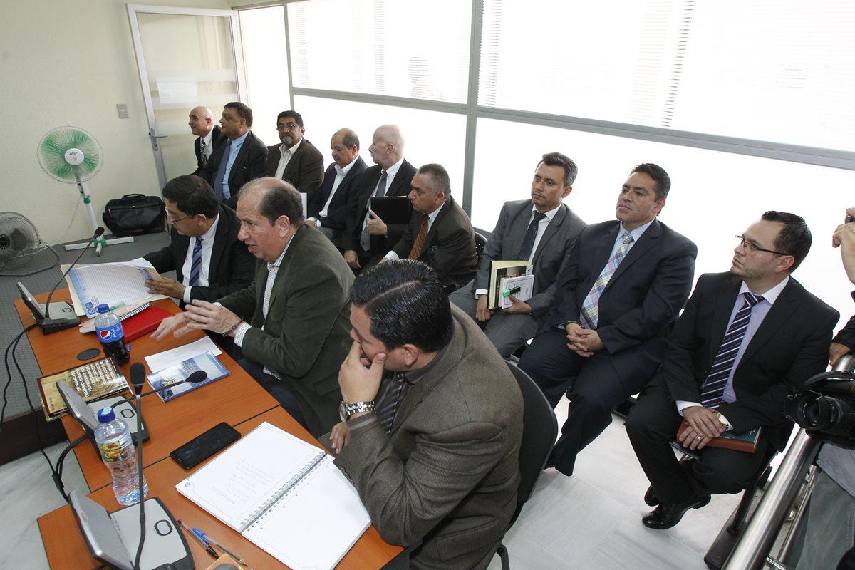 Exdiputados escuchan cargos en su contra