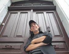 Paulo Alvarado lanza un disco con melodías guatemaltecas interpretadas con instrumentos clásicos. Foto Prensa Libre: Óscar Rivas.