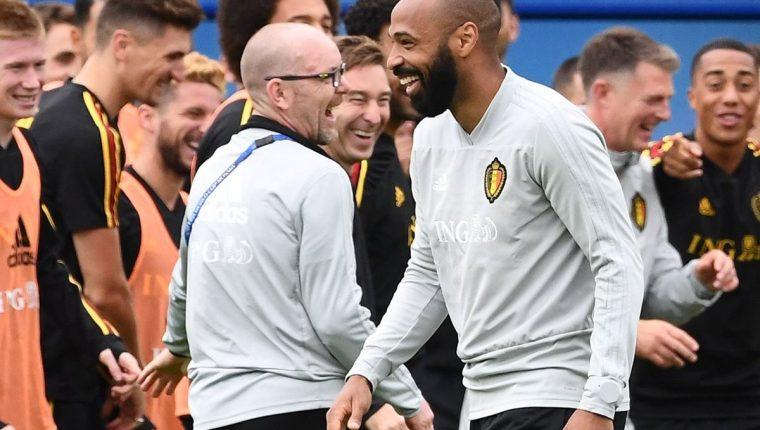 Thierry Henry, exdelantero francés, es asesor el técnico de Bélgica el español Roberto Martínez. (Foto Prensa Libre: AFP).