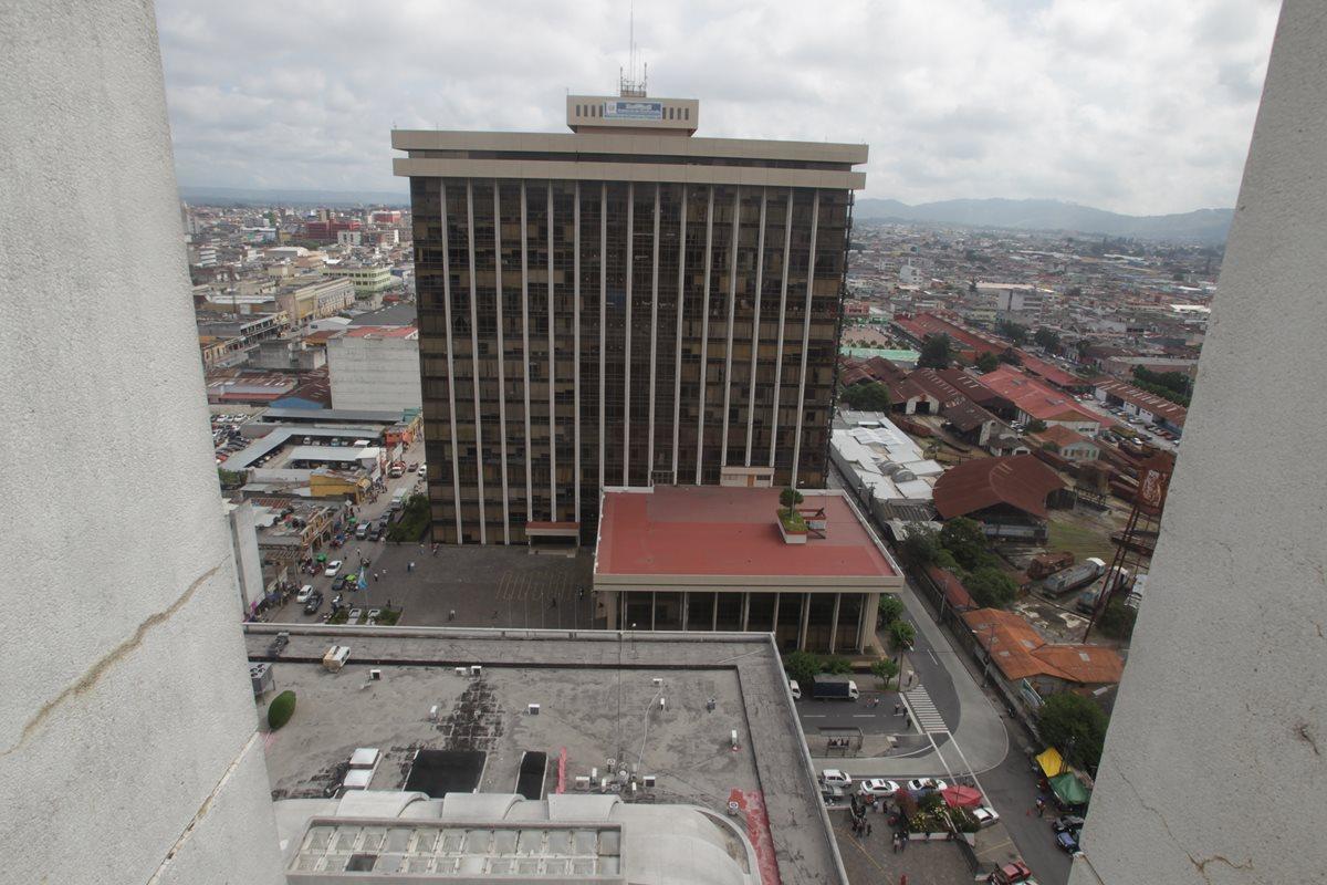 La junta de licitación solicitó al ministerio de Finanzas que se concediera una ampliación al plazo para adjudicar el contrato. (Foto Prensa Libre: Hemeroteca PL)