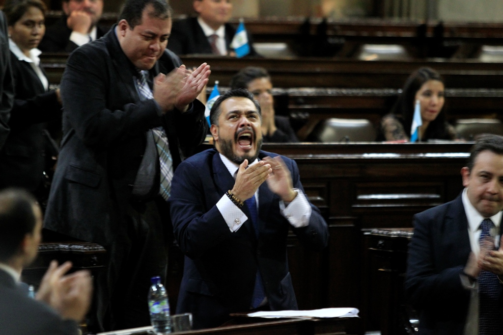 Partido de Gobierno no pudo archivar del todo el proceso de antejuicio contra Jimmy Morales