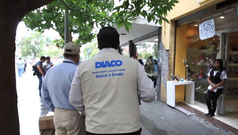 El mayor porcentaje de quejas de enero a noviembre del 2018 que recibió la Diaco se reflejó en los diversos comercios con un 51%. (Foto Prensa Libre: Hemeroteca)