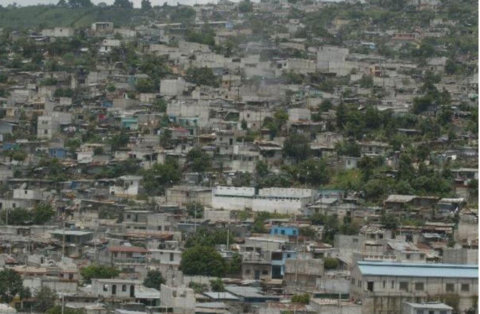 La Ciudad de Guatemala creció de forma desordenada, según urbanistas. (Foto Prensa Libre: Hemeroteca)