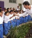 La fundación de Ricardo Arjona ayuda con educación a dos comunidades en Guatemala. (Foto Prensa Libre: Intagram Fundación Adentro)