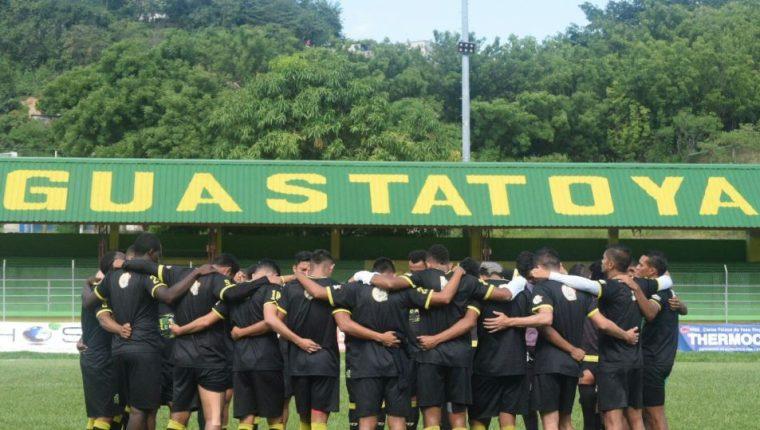 El Deportivo Guastatoya trabajó esta tarde en el estadio David Cordón Hichos. (Foto Prensa Libre: Deportivo Guastatoya)