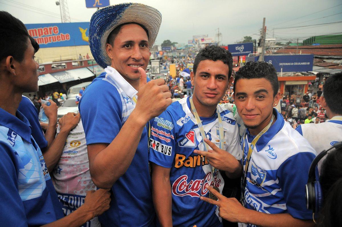 Zalazar ya sabe lo que es ser campeón en el futbol nacional tras conquistar el Clausura 2016 con Suchitepéquez. (Foto Prensa Libre: Hemeroteca)