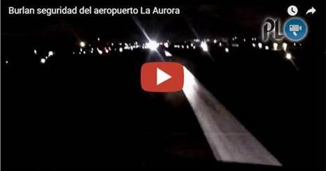 El video, que resultó ser un montaje, mostraba una invasión a la pista central del Aeropuerto. (Foto Prensa Libre. Hemeroteca PL)