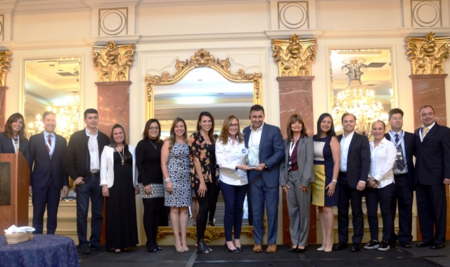 Equipo de trabajo de Tigo Guatemala recibió el reconocimiento Franklin Covey por la destacada gestión del recurso humano.