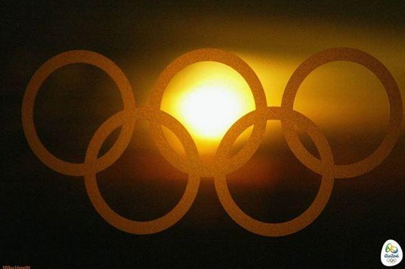 A falta de seis meses para que comiencen los Juegos Olímpicos, Rio lucha contra un brote de dengue. (Foto Prensa Libre:www.instagram.com/rio2016/)