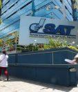 Supuesta red buscaba que auditorías de la SAT ocultaran uso de facturas falsas. (Foto Prensa Libre: Hemeroteca PL)