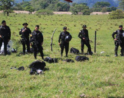 La Policía Nacional Civil ha tenido que intervenir en enfrentamientos anteriores entre pobladores de ambos municipios. (Foto HemerotecaPL)