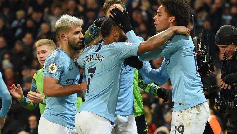 El Manchester City sueña con revalidar el título de la Premier League. (Foto Prensa Libre: AFP)
