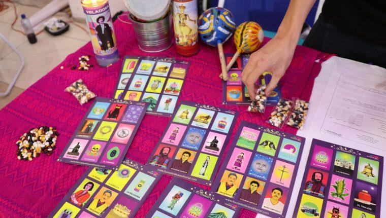 Lotería incluye a personajes destacados de Quetzaltenango como Paco Pérez, Otto Rene Castillo, Efraín Recinos, entre otros. (Foto Prensa Libre: María Longo)