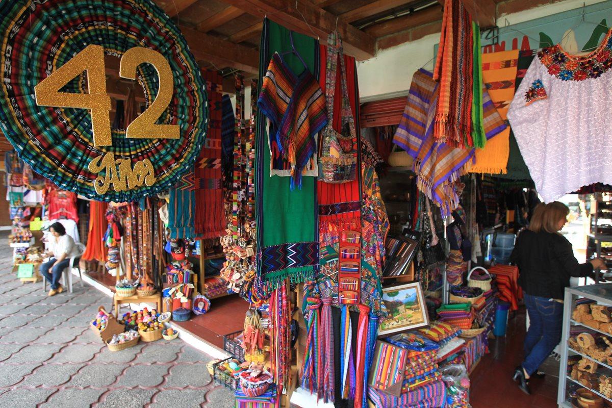 Mercado de Artesanías, tradición y color en un solo lugar