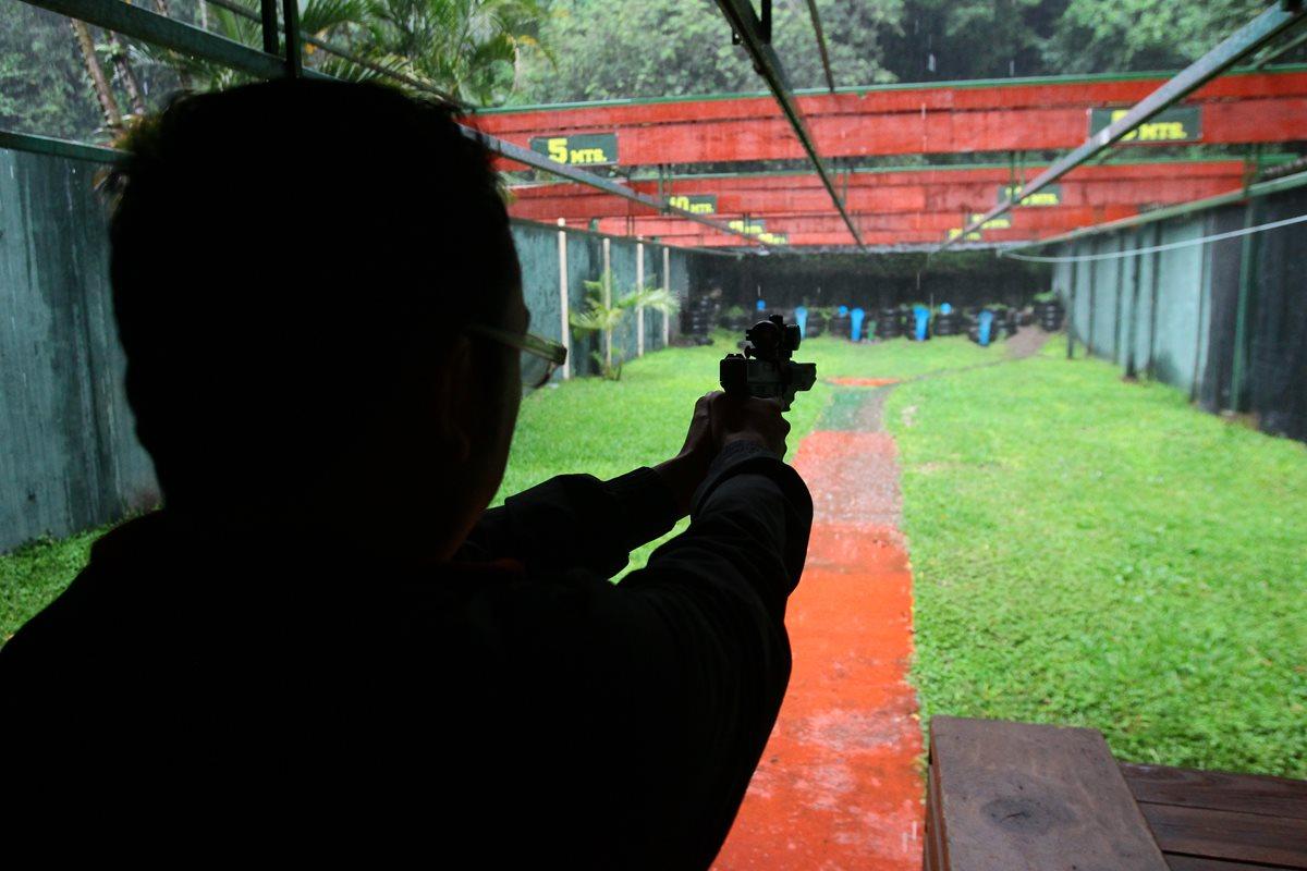 Mercado legal facilita tráfico de municiones