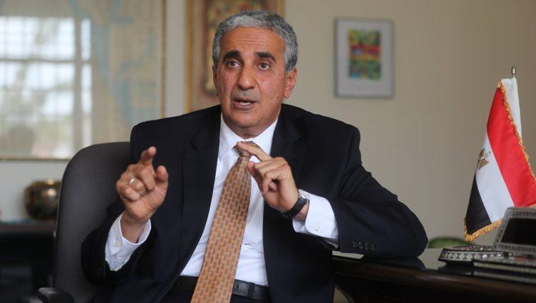 Maged Refaat Aboulmagd, embajador designado de la República Árabe de Egipto, en Guatemala habló sobre relaciones políticas y económicas entre ambos países.(Foto Prensa Libre: Érick Ávila)