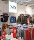 Las tiendas MO son de origen portugués y ofrecen ropa, accesorios y calzado de diseño europeo. (Foto Prensa Libre: Cortesía)
