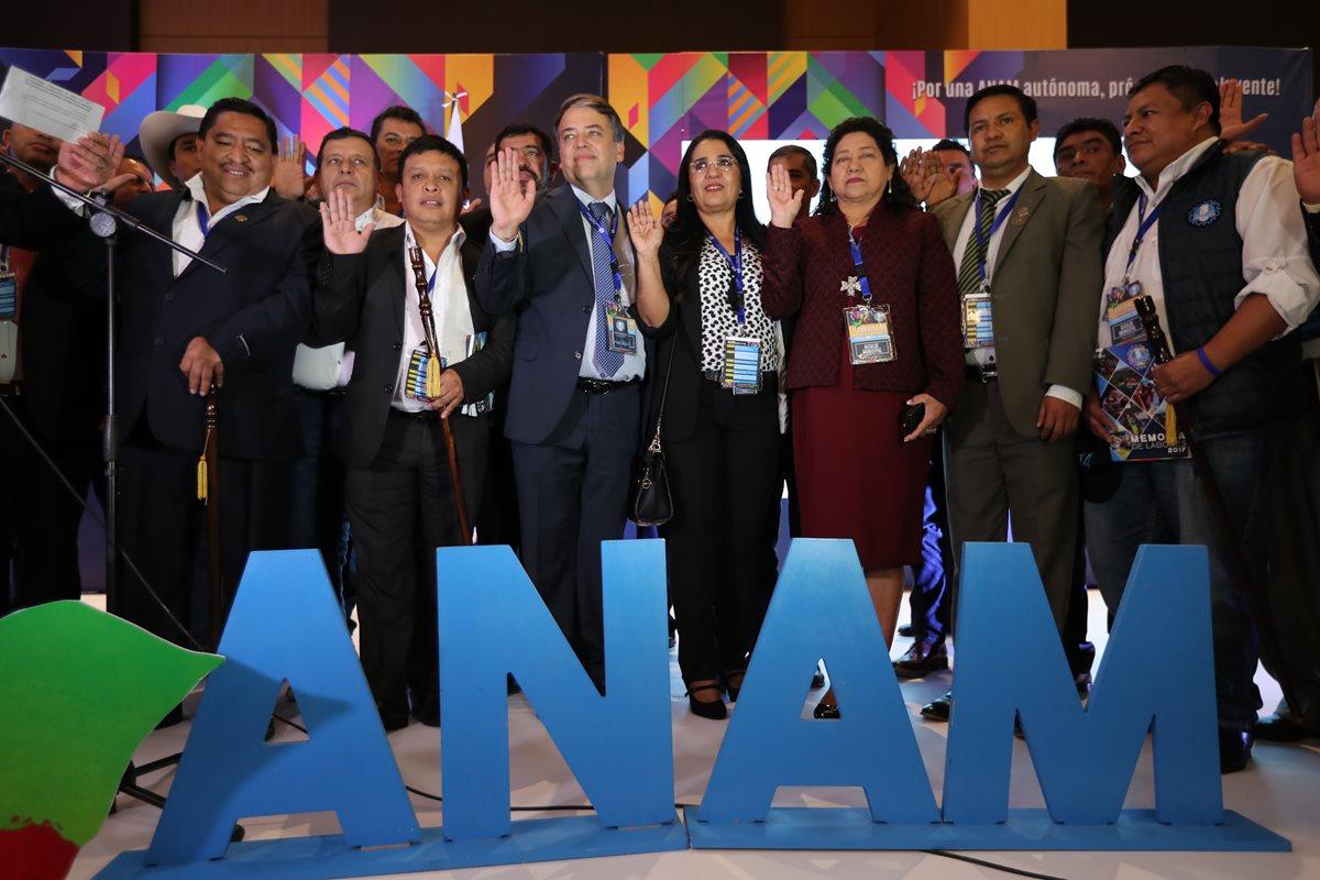 Edwin Escobar, presidente de la Anam, enfrenta una crisis interna en la asociación por diferencias con otros alcaldes. (Foto Prensa Libre: Hemeroteca)