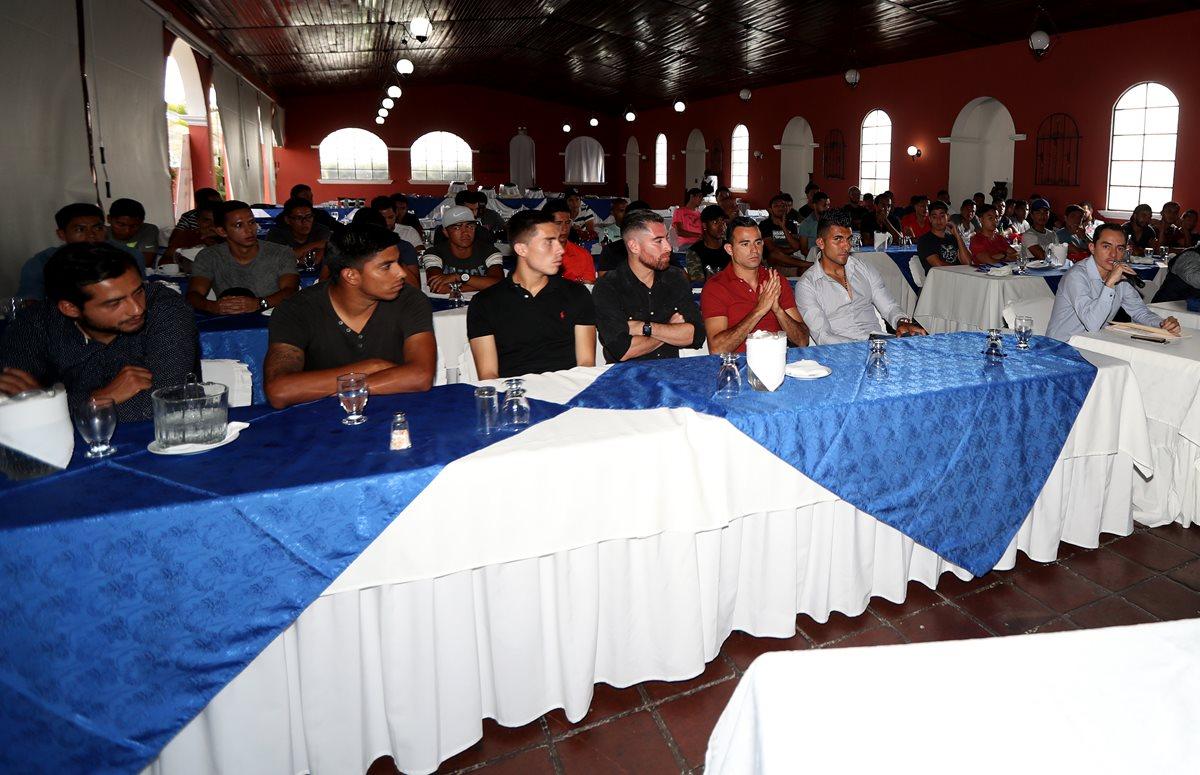 La Asociación de Futbolistas de Guatemala (AFG) manifiestan su postura acerca de la situación del futbol de Guatemala. (Foto Prensa Libre: Carlos Vicente)