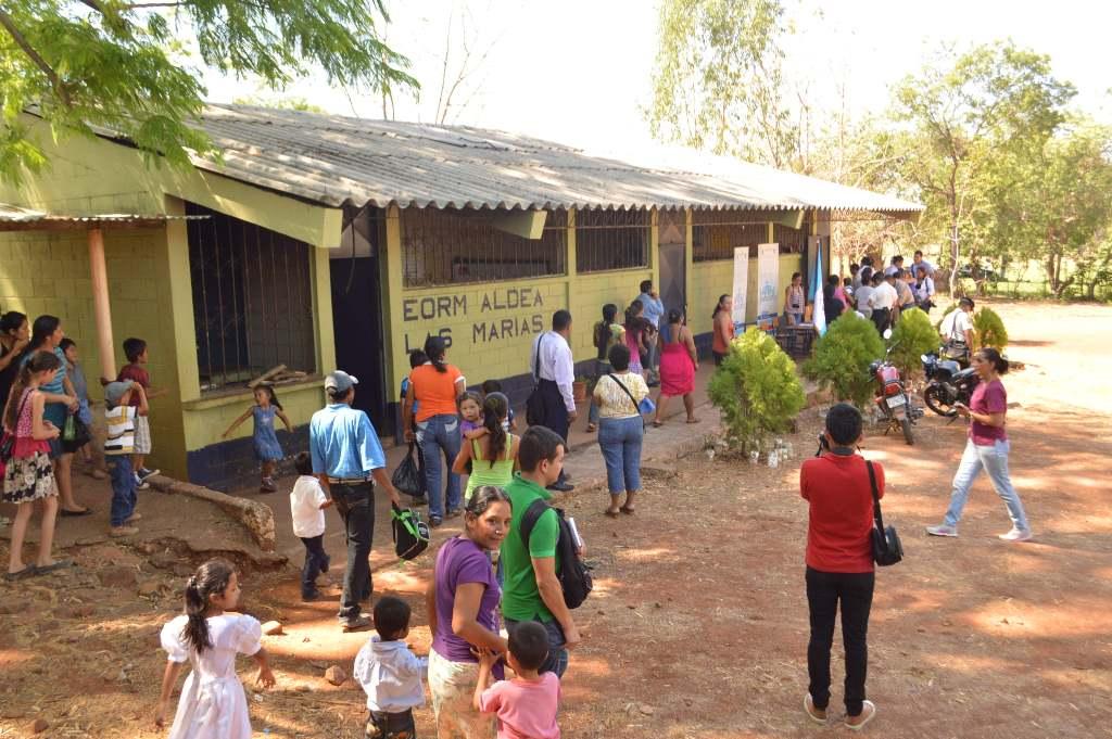 Escuela de la aldea Las Marías, donde se pretende brindar seguridad a los estudiantes. (Foto Prensa Libre: Oswaldo Cardona).