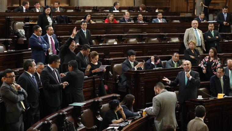 Comisión busca que todos los pagos de fin de año se unifiquen para los diputados. (Foto Prensa Libre: Esbin García)