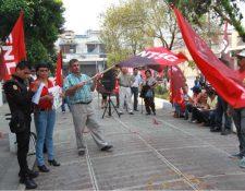 En el 2013 se firmó un cuestionado pacto colectivo entre autoridades y sindicato de Salud. (Foto Prensa Libre: Hemeroteca PL)