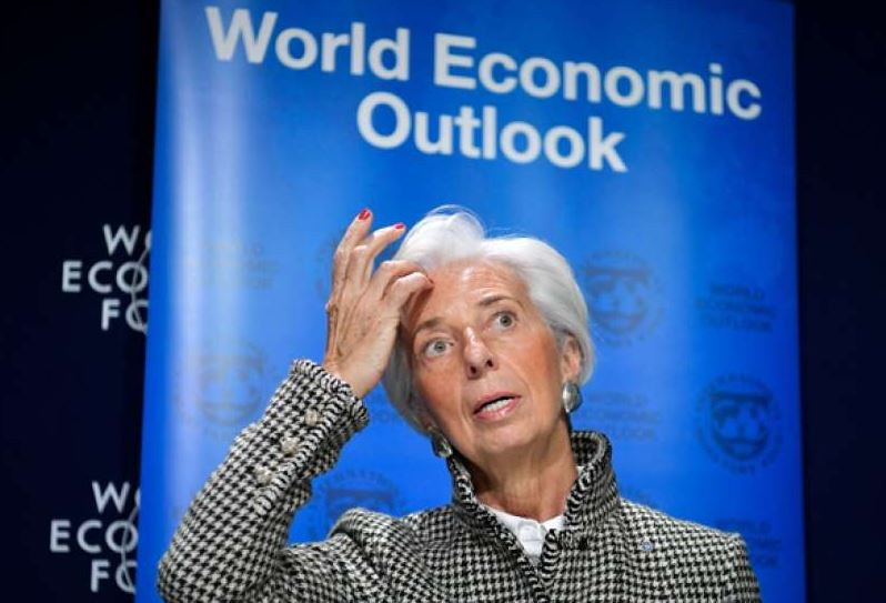 """""""La expansión global se ha debilitado"""", indica el informe """"Perspectivas Económicas Globales"""" presentado por la directora gerente del FMI, Christine Lagarde, en el marco del Foro Económico Mundial que se celebra en Davos (Suiza). (Foto Prensa Libre: Hemeroteca)"""
