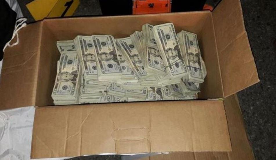 El transporte de dólares de manera ilícita en diferentes rutas del país fueron incautadas por las autoridades. (Foto Prensa Libre: Hemeroteca)