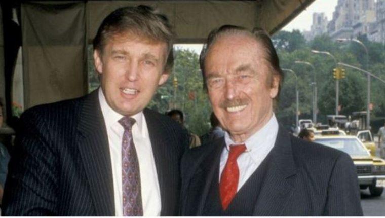 Donald y Fred Trump en 1988. El hijo dice haber heredado el estilo de negocios del padre, pero según un informe periodístico, también heredó su fortuna multimillonaria. (GETTY IMAGES)