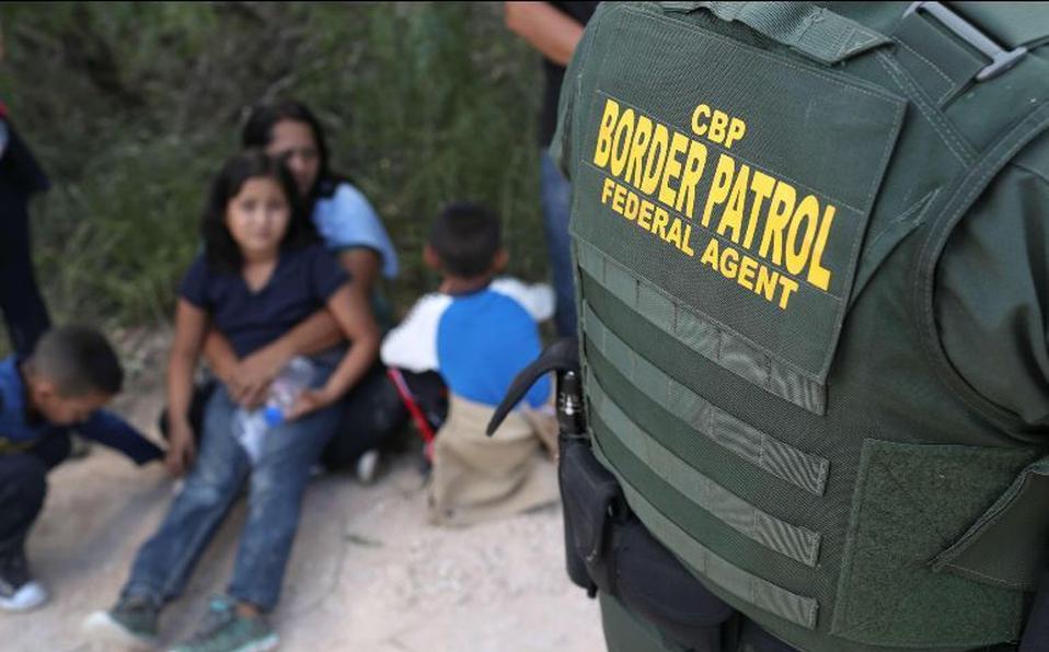 Miles de padres con sus niños siguen llegando a la frontera de EE. UU. (Foto: Hemeroteca PL)